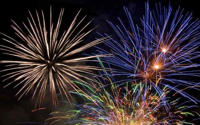 sfondo-fuochi-artificio-1280x800