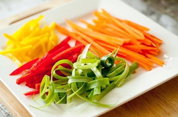 Come ottenere delle perfette verdure tagliate alla for Taglio alla julienne